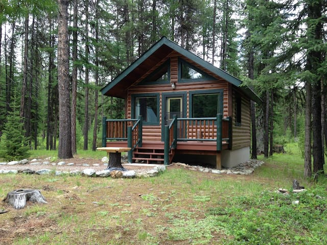 Secluded guest cabin in Swan Valley