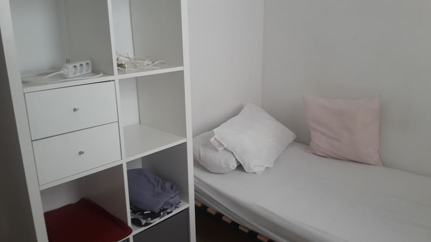 2.3Dormitorio individual playa y universidades