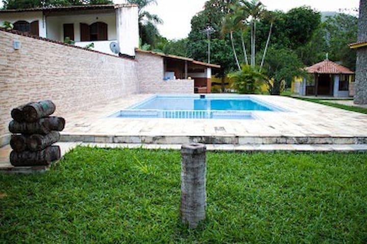 Excelente Casa Duplex Em Ponta Negra Marica