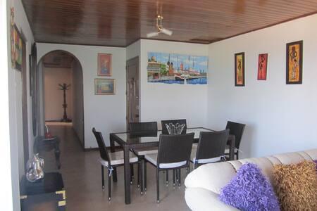 HABITACION ECONOMICA EN CARTAGENA FRENTE AL MAR - Cartagena
