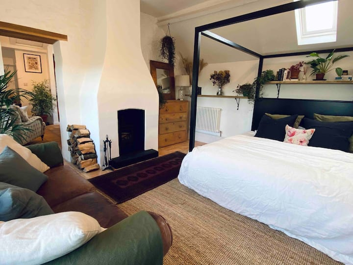 Romantic Retreat nr Jurassic Coast - Dogs Welcome