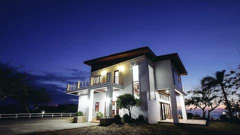 Relaxing beach house near Vigan