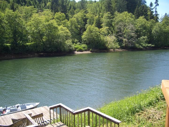 Siletz River Front Retreat