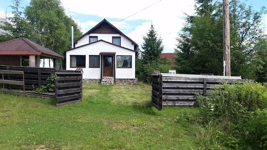 Vacation home in the mountains near Belis