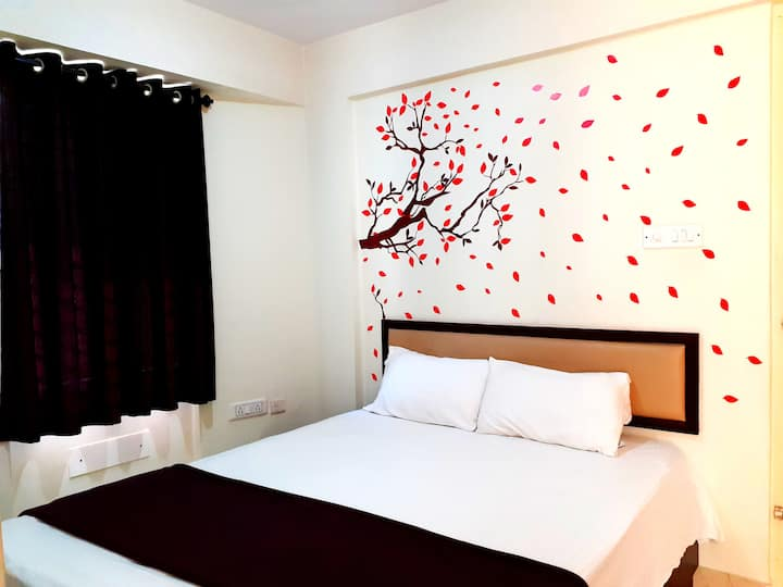 Couple Friendly Studio Rooms-Balcony at Bangalore