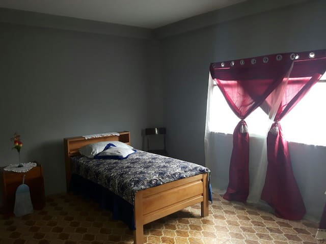 Private Rooms WITH breakfast! - Cochabamba - Inap sarapan