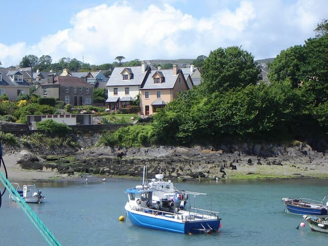 Harbour View Cottage