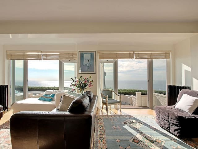Seahaven-  large  house with direct sea views - Brighton - House