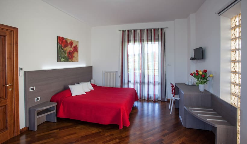 Panoramic double room, terrace, sea view, relax - Ancona - Villa