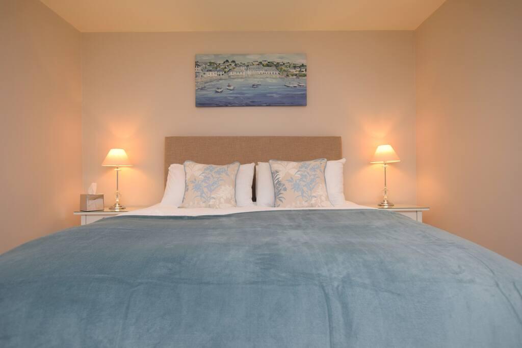 Luxury Kingsize bed