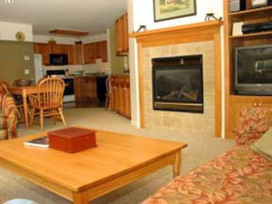 Living Room looking toward kitchen Area