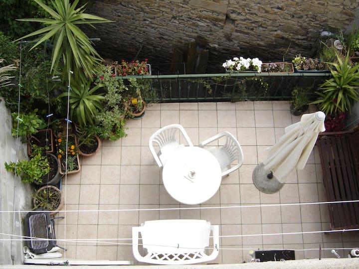 Maison de ville Millau centre historique, terrasse