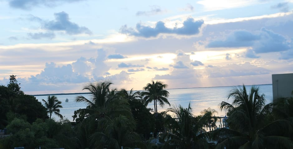 Key Largo, Florida - Gem by the Sea