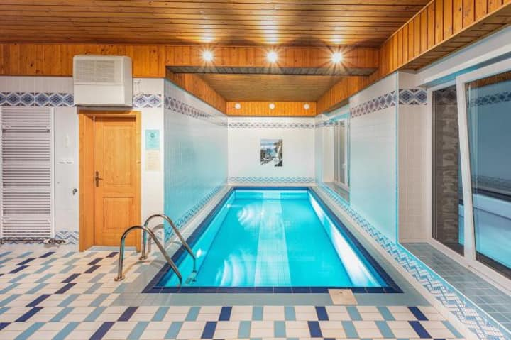 Loftový apartmán s balkonem a slaným bazénem