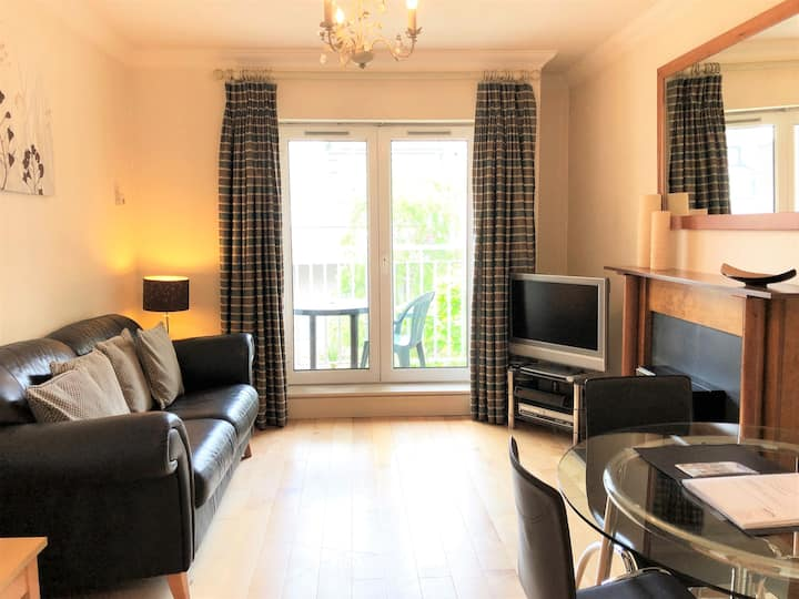 Quiet 1 bed 2 mins from Merrion Square Park