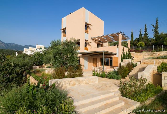 Mani Tower Villa | Luxurious&Modern Seafront Villa - Kalamata - House