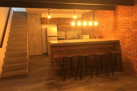 Amplio y moderno loft privado.