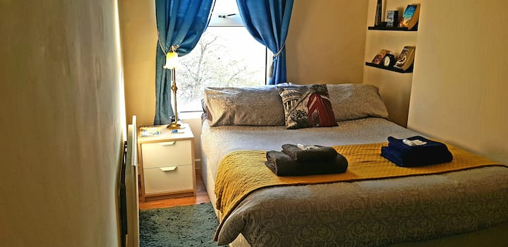 Cozy room in central Bristol, Stokes Croft