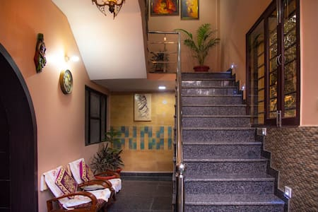 Luxurious Homestay with view of TajMahal