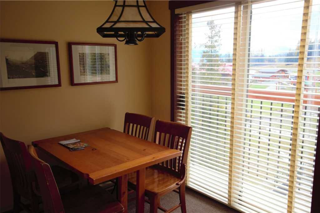 Dining Area - S309