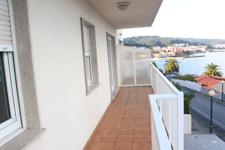 Modern and new flat with relaxing sea sightseeing - Corcubión - Apartamento