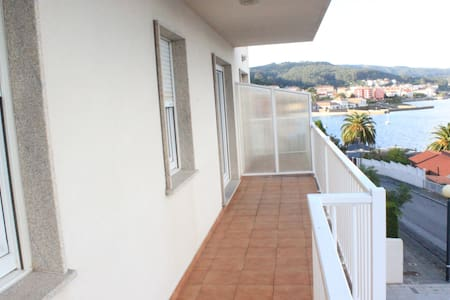 Modern and new flat with relaxing sea sightseeing - Corcubión - Lakás