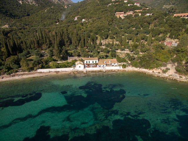 Villa Nissaki Olive Press Corfu - Corfu - Villa