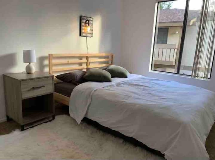Urban Style Clean Entire Home in Rowland Height