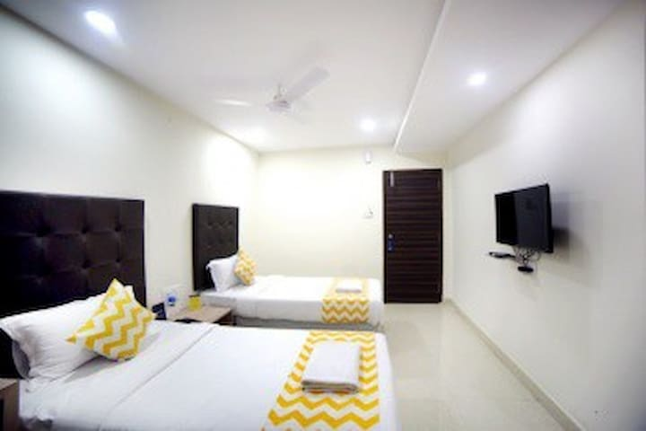 Offering a comfortable accommodation in Hyderabad - Hyderabad - Byt