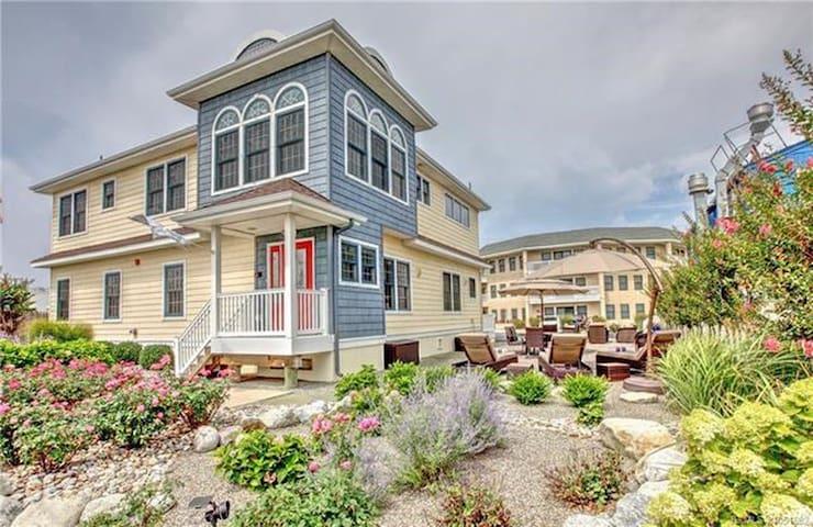 RATED AS LBI's BEST RENTAL - BRAND NEW