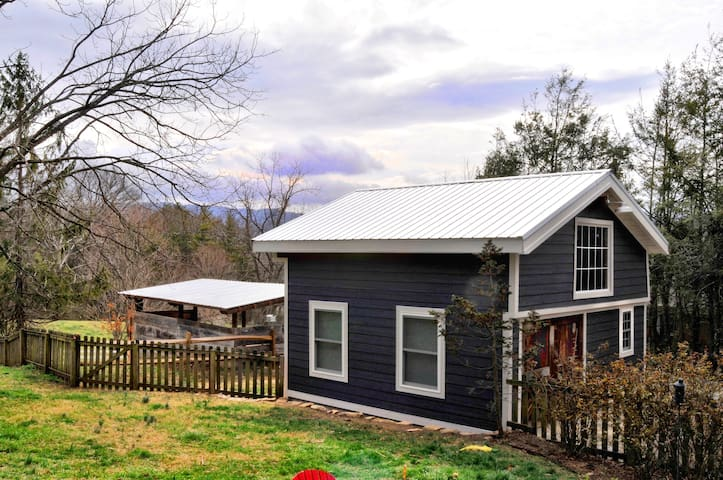 Private downtown Weaverville 'Barn' Cottage - Weaverville - Guesthouse