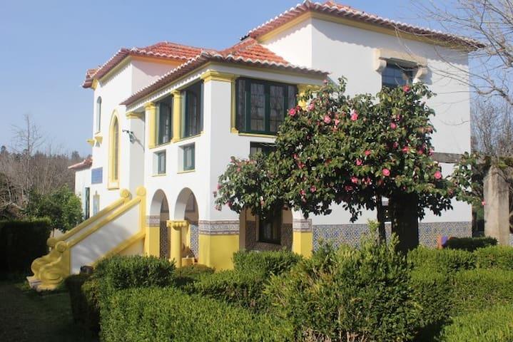 B&B Casa das Eiras, een pareltje in een mooie tuin - Arganil - Szoba reggelivel