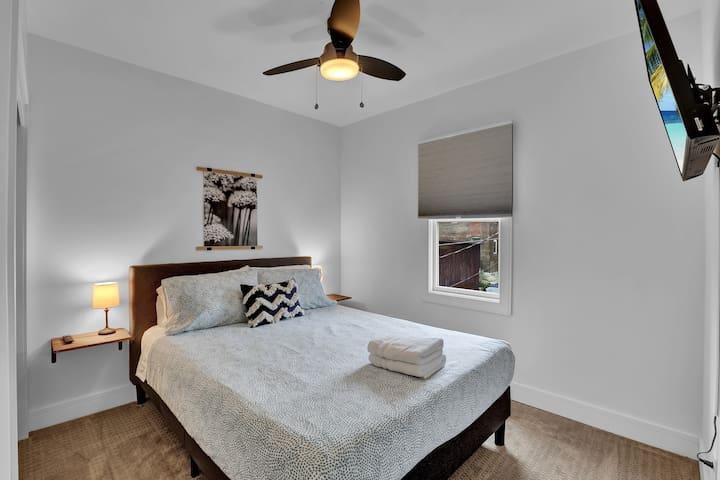 Queen Bedroom 1 with fan, Smart TV