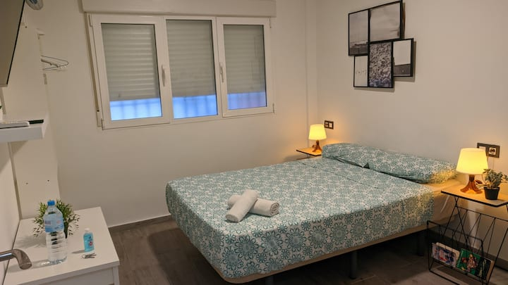 Lowcost, central, cozy studio. 15min centro