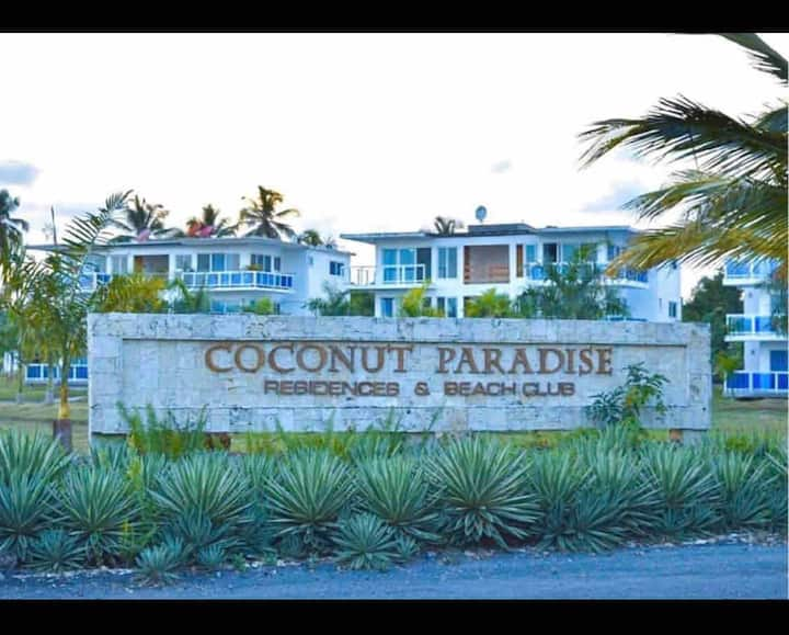 Coconut paradise RD ( piscina y playa )