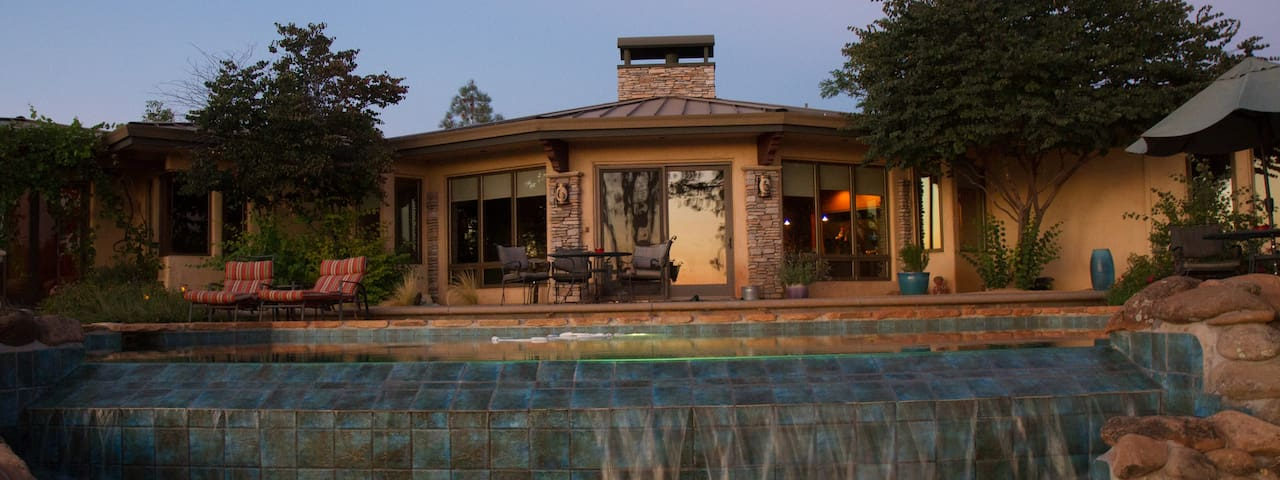 Sun Dog Ranch, A Custom Home with Stunning Views - Chico