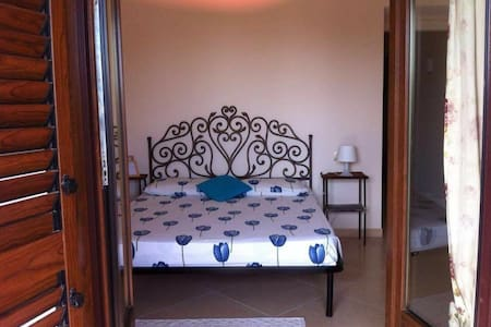 Accogliente stanza in appartamento - Orbetello  - Ev
