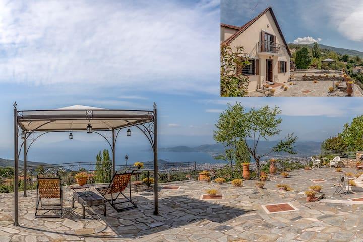 Orfeas Residence | View, hamam, jacuzzi
