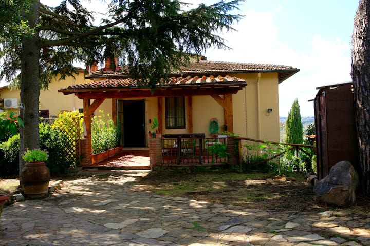 Sunny Beautiful House 6km to Florence, 140mq 6PAX - Impruneta - House