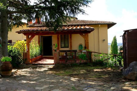 Sunny Beautiful House 6km to Florence, 140mq 6PAX - Impruneta
