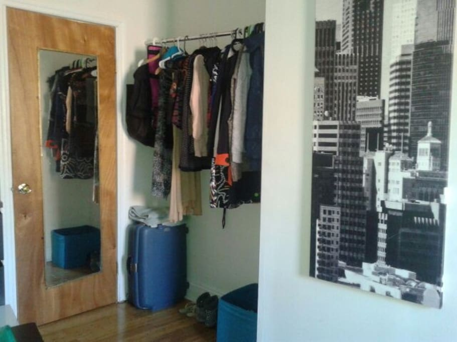 Mirror, and exterior closet. The bedroom would be empty of my stuf, of course