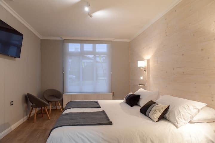 Dormitorio dos personas baño privado. 1 Lenga