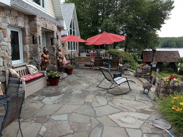 Knight patio