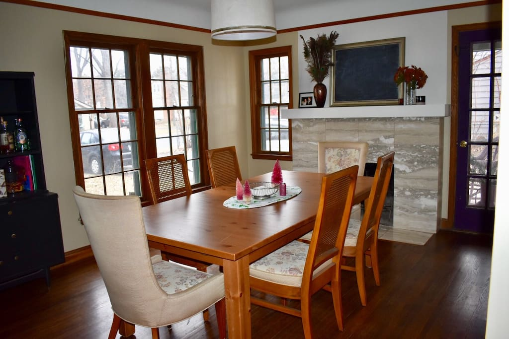 Fit your whole family around our expandable dining room table.