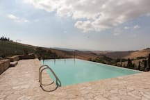 Villa fraggina swimming pool with solarium