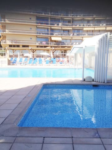Magnifique studio à 100m des plages avec piscines - St-Laurent-du-Var - Lyxvåning