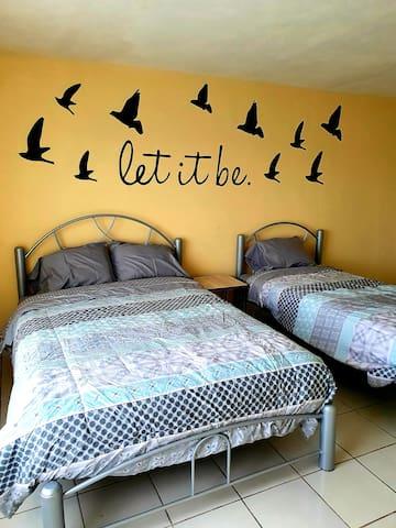 La Casita Amarilla hermosas habitaciones 3 pax