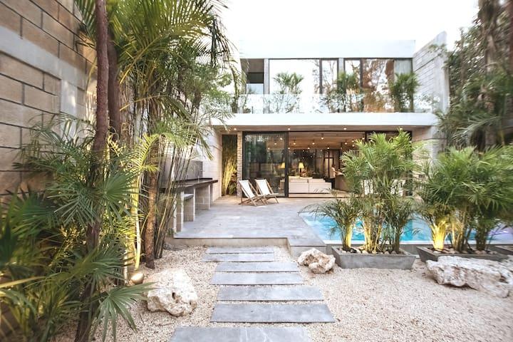 VILLA NIMI, Architecture Masterpiece  4BR | 10 PAX