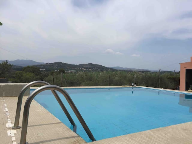 Prívate Rural chalet - Pool, BBQ & FABULOUS views