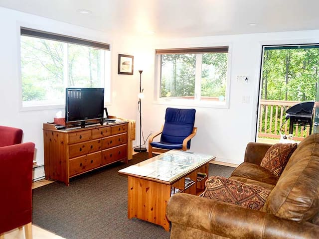 Quiet and comfy. Private. Beautiful ocean views. - Sitka - Nature lodge